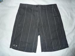 NWOT Mens 38  Oakley GREY Subtle Stripe Casual/Golf Shorts