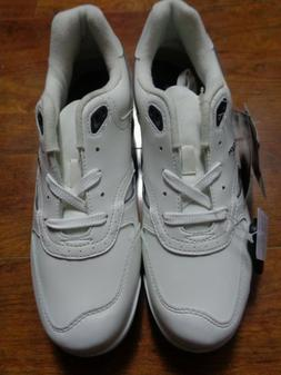NWT Dunlop Mens Spike White Leather Golf Shoes Size 11M
